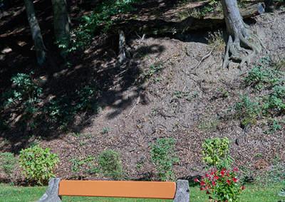 Erholsam Sonne und Natur im großzügigen Garten genießen