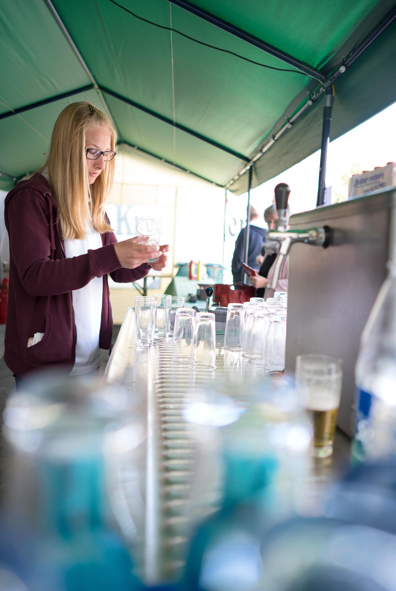 Sommerfest 2016 An der Getränketheke